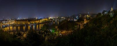 Panoramische Ansicht von Prag im Herbst stockbild