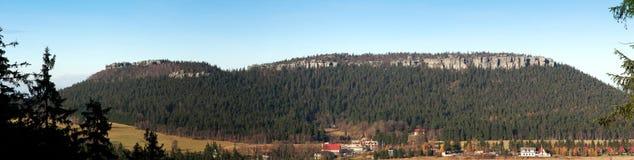 Panoramische Ansicht von Szczeliniec Lizenzfreie Stockfotografie