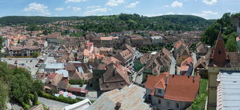 Panoramische Dachspitzen in Sighisoara, Rumänien Stockfoto