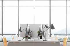 Panoramische dichte omhooggaand van het open plekbureau worspace Royalty-vrije Stock Afbeeldingen