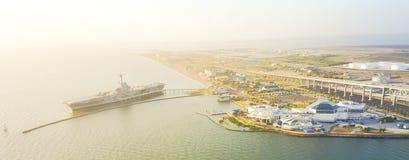 Panoramische Draufsicht Nordstrandufergegend im Corpus Christi, Tex lizenzfreie stockbilder