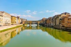 Panoramische foto van Ponte Vecchio in Florence Italy stock foto