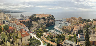 Panoramische fotograph van haven Fontvielle, Monaco Stock Afbeelding
