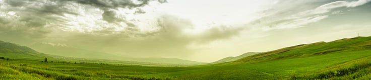 Panoramische Gebirgslandschaft Lizenzfreies Stockbild