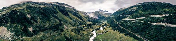 Panoramische Gebirgslandschaft Stockbild