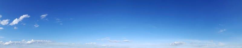 Panoramische hemel met wolk Royalty-vrije Stock Afbeeldingen
