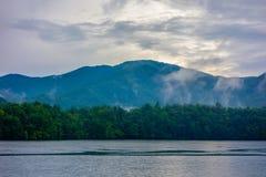 Panoramische landschappen en mooie aard bij meer santeetlah noch Stock Afbeeldingen