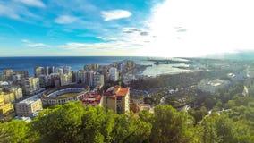 Panoramische luchtmening van de stad van Malaga, Andalusia, Spanje stock videobeelden