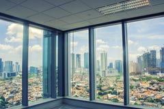 Panoramische luchtmening van grote stad van venster Royalty-vrije Stock Foto