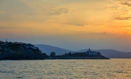 Panoramische seaview bij zonsondergang Royalty-vrije Stock Foto's