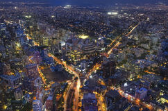 Panoramische Stadtansicht vom Gran Torre Santiago in Santiago de Chile Stockfotos