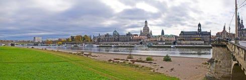 Panoramische Szene in Dresden, Deutschland lizenzfreies stockfoto