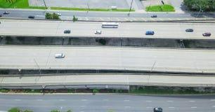 Panoramische vertikale Autobahn Ansicht New Orleans US 90 vom Westjordanland stockbild