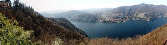Panoramische Vogelperspektive der Stadt des Sees Como und Lecco, Italien Stockfotografie