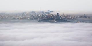 Panoramische Vogelperspektive von San Francisco Bay Area vom Grizzley-Spitzen-Gipfel in Berkeley lizenzfreie stockfotos