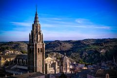Panoramische Vogelperspektive zu Toledo-Kathedrale vom belltower des Jesuits San Ildefonso Church, Toledo, Spanien Stockfotos