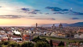 Panoramische zonsondergang in Florence stock afbeelding