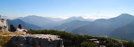 Panoramischer Mountain View Stockfotografie