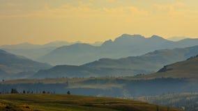 Panoramischer Mountain View vom Dunraven Durchlauf Lizenzfreies Stockbild