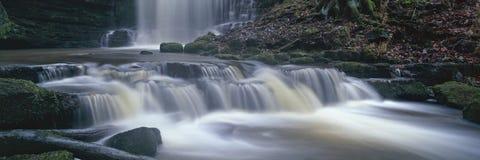 Panoramischer Wasserfall Stockfotos