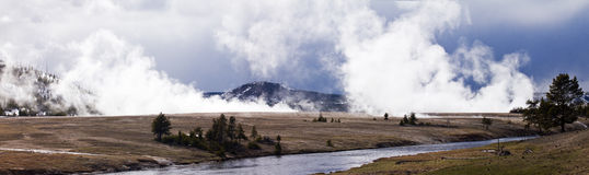 Panoramischer Yellowstone-Kessel Stockfotos