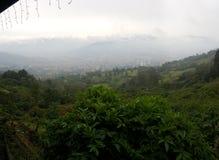 Panoramisches Bild der Stadt von Medellin lizenzfreies stockfoto