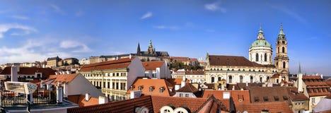 Panoramisches Foto des Prag-Schlosses Lizenzfreies Stockfoto
