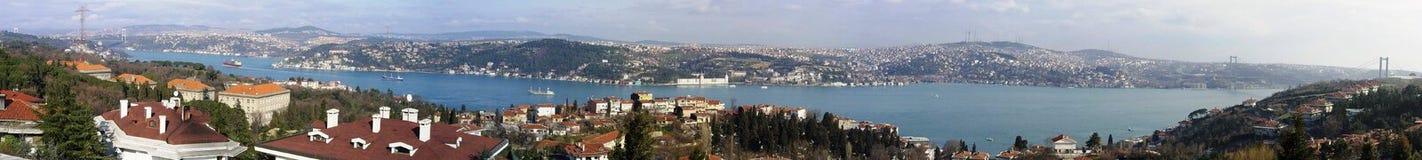 Panoramisches Foto Istanbuls Bosphorus Stockfoto