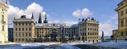 Panoramisches Prag-Schloss Lizenzfreie Stockfotografie