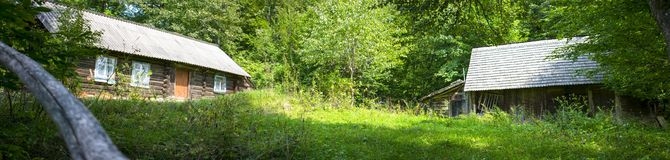 Panoramisches rustikales countryard Lizenzfreies Stockbild