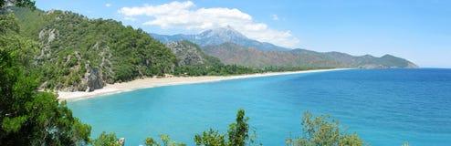 panoramy brzegowy krajobrazowy śródziemnomorski morze Obraz Stock