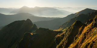 Panoramy góry backlight Obrazy Stock