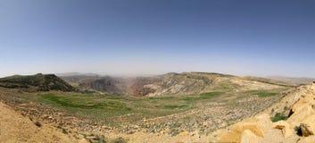 Panoramy góry pustynny krajobraz, Jordania fotografia stock