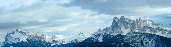 panoramy piękna halna zima Zdjęcia Royalty Free