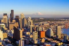 panoramy Seattle linia horyzontu zmierzch Zdjęcie Royalty Free