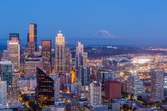 panoramy Seattle linia horyzontu zmierzch Obrazy Royalty Free