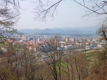 Panorana einer Stadt Celje in Slowenien Stockfotos