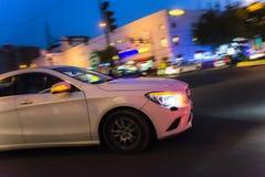 Panorera bilen fotografering för bildbyråer