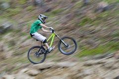 Panorera för cyklistcykellopp Arkivbild