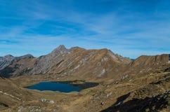 Panorma del lago Schrecksee della montagna nelle alpi di Allgau, Germania Fotografia Stock