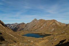 Panorma do lago Schrecksee da montanha em cumes de Allgau, Alemanha Imagens de Stock