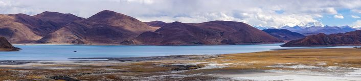 Panormaic view of holy lake Yamdrok - Tibet Stock Photo