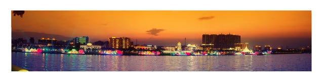Panoroma av Guangzhou i solnedgången arkivbilder