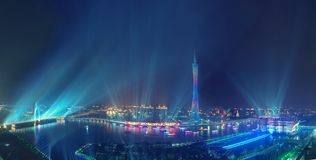 Panoroma nattsikt av Guangzhou Kina royaltyfri fotografi