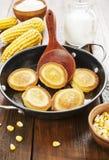 Panqueca do milho na tabela foto de stock royalty free