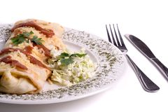 Panqueca/tortilla/burrito na placa Imagem de Stock Royalty Free