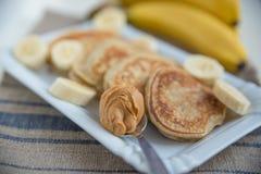 Panquecas com banana Fotografia de Stock