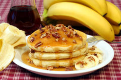 Panquecas e bananas Fotos de Stock