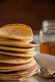Panquecas perfumadas para o café da manhã Fotografia de Stock