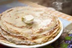 Panquecas recentemente feitas com manteiga Ideias do café da manhã Alimento americano, bom dia fotografia de stock